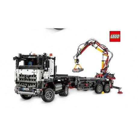 Arocs 8x4 Lego technic